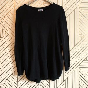 Old navy maternity • women's S solid black sweater